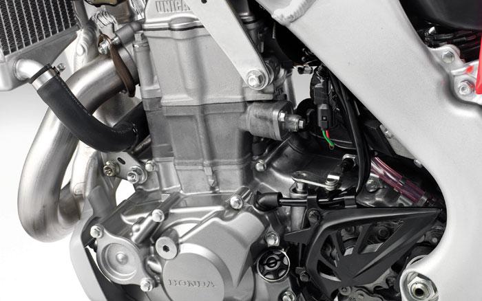 2009 Honda CRF450R Engine.jpg